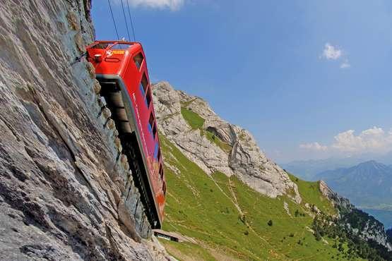 Pilatusbahn © Pilatus Bahnen/Swiss Travel System swiss-image.ch/Christian Perret