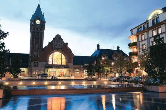 Place de la gare © Grand Hôtel Bristol