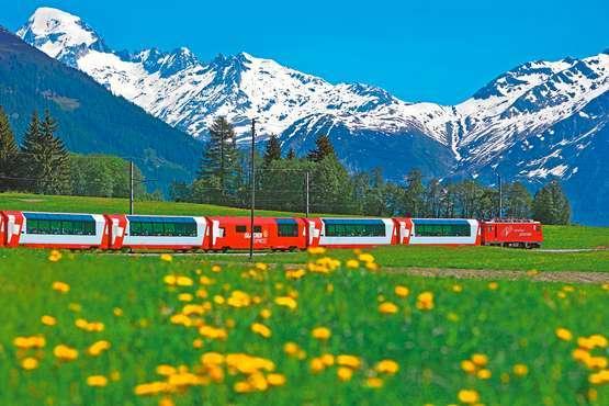 Glacier Express © Matterhorn Gotthard Bahn/Swiss Travel swiss-image.ch/Thomas Andenmatten