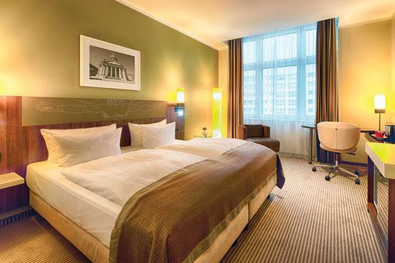 "Leonardo Royal Hotel Berlin Alexanderplatz  <span class=""stars"">4</span>"