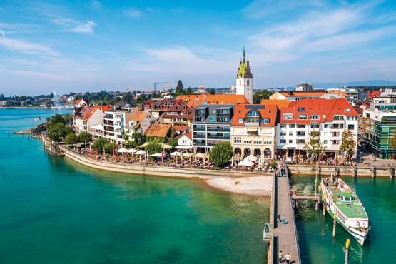 Friedrichshafen  – </br>Relaxen mit Zeppelinsicht