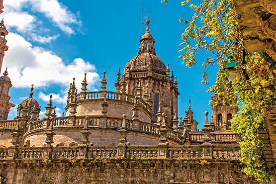Santiago de Compostela – San Sebastian – Santiago de Compostela