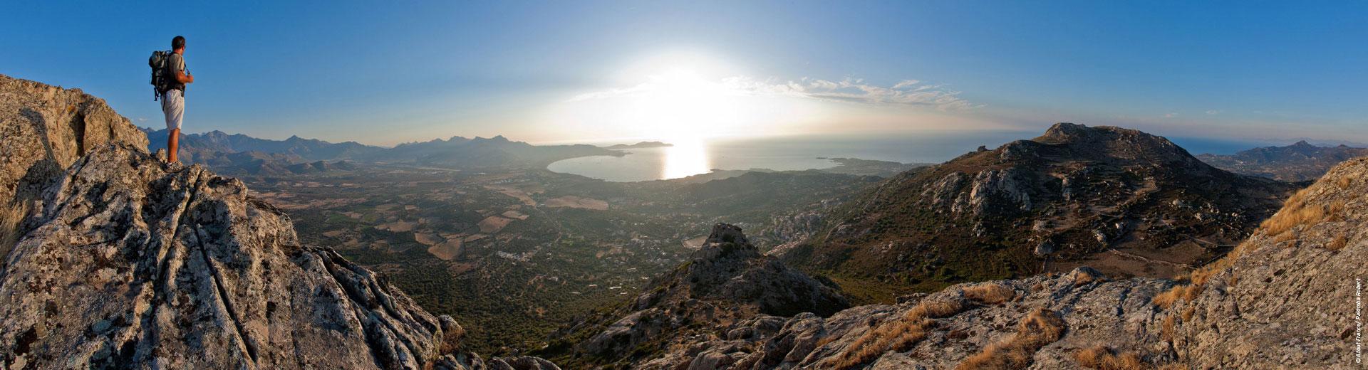 Randonnée en Corse - Mer et montagne