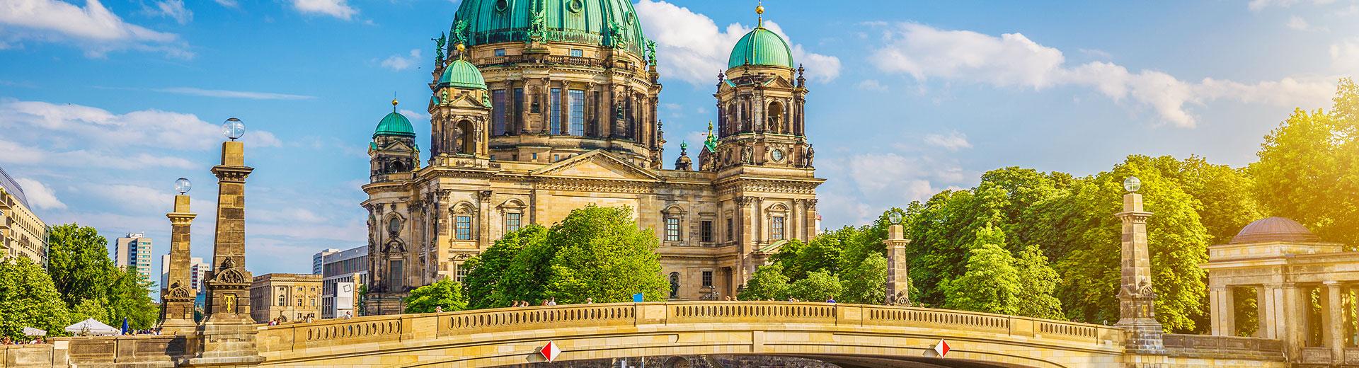 Deutschland – Flug und Hotel