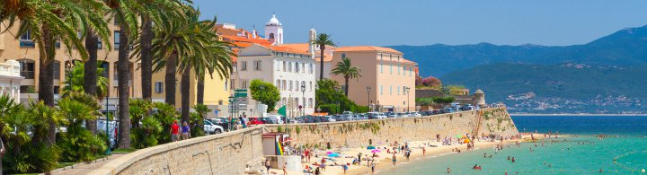 Kurztrip Ajaccio - Zugfahren in Korsika
