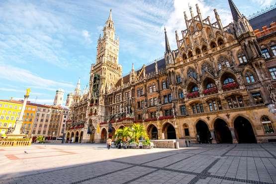 Altstadt Walking Tour