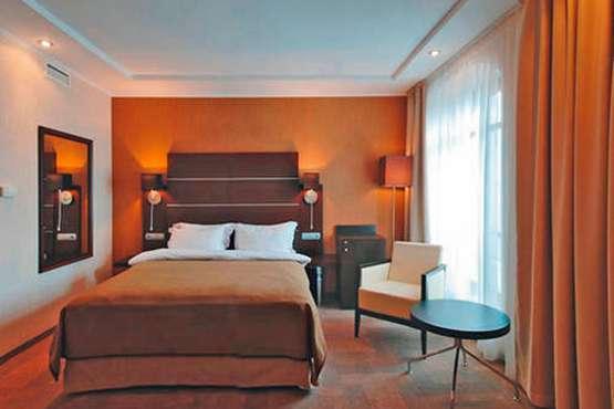 Hotel Park Inn Sadu