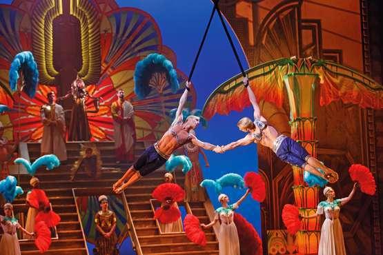 Cirque du Soleil Paramour musical
