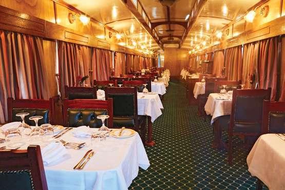Restaurant- und Barwagen