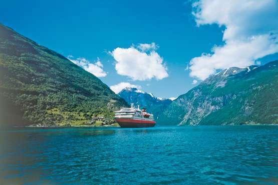 Hurtigruten-Schiffe