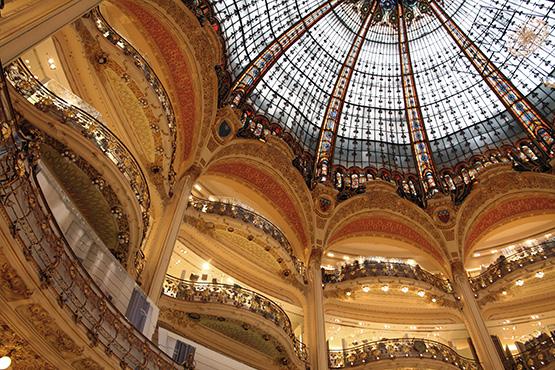 Der Winterschlussverkauf in Paris ist angelaufen. Ein guter Grund wieder einmal eine Städtereise nach Paris anzutreten.