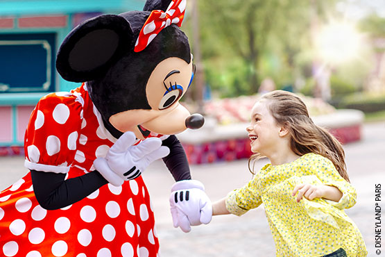 Erleben Sie ein Zauberreich der Fantasie, in dem Familien und Freunde gemeinsam wunderschöne Momente erleben. Buchen Sie Ihren Aufenthalt in Disneyland® Paris frühzeitig und profitieren Sie von traumhaften Vergünstigungen.