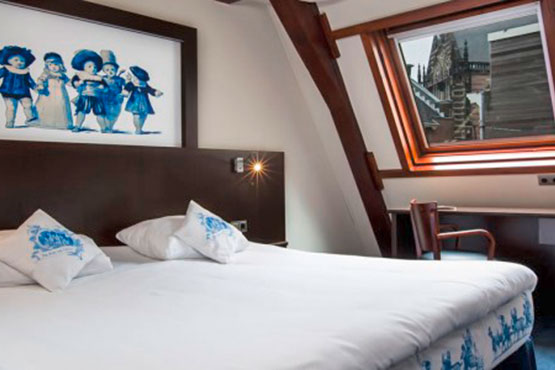 Hotel Room Mate Aitana<span class='stars'>4</span>