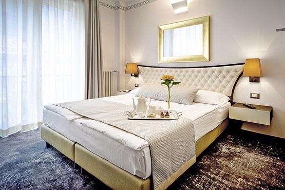 Gratis Hotelnächte in Berlin, Hamburg, Mailand,  Venedig, Florenz und Paris.