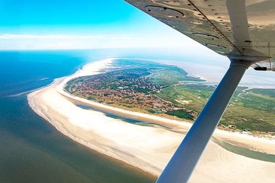 Planen Sie bereits das Reisejahr 2019? Dann sind Sie hier genau richtig. Ab sofort können Sie bei uns Ihre Deutschland-Ferien mit Flug & Hotel buchen!
