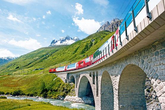 Golden Pass Line – Jungfraujoch – Top of Europe – Glacier Express – Bernina Express
